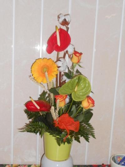 fête des grand méres le 3 mars offrez des fleurs pour cette journée .